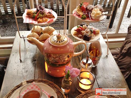 HIGH TEA & LEIDEN